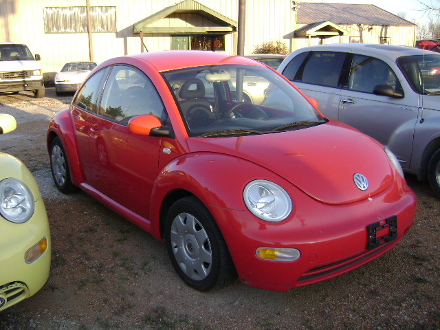 012   2002 vw beetle red stock23569 vin8135